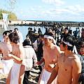 写真: 平成23年青島神社新春の禊裸まいり3