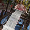 Photos: お仙ちゃんと機織り
