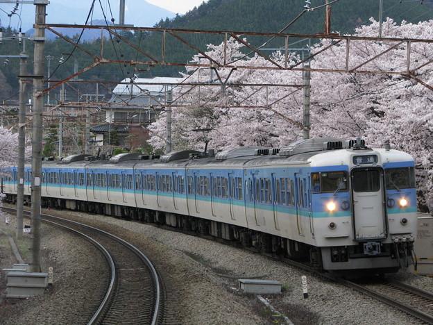 Photos: 勝沼ぶどう郷駅(塩尻方)