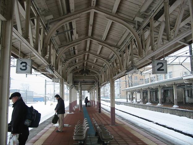上越線 小出駅ホーム