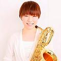 写真: 中西智美 なかにしさとみ サックス奏者  Satomi Nakanishi