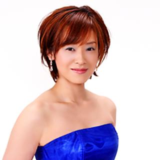 写真: 伊藤夢里子 いとうゆりこ ピアノ奏者 ピアニスト        Yuriko Ito