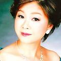 写真: 辛島安妃子 からしまあきこ 声楽家 オペラ歌手 ソプラノ     Akiko Karashima