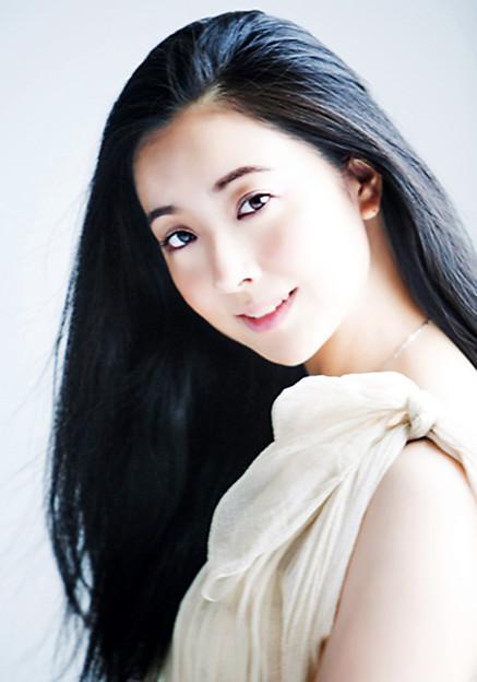 小林沙羅 こばやしさら 声楽家 オペラ歌手 ソプラノ     Sara Kobayashi