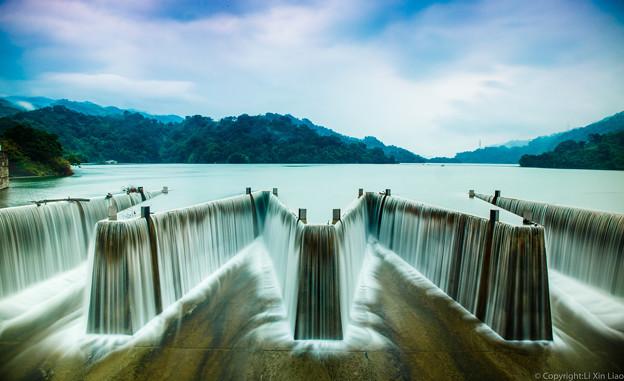 写真: 鯉魚潭
