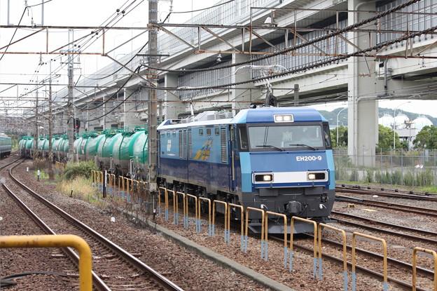 8760レ EH200-9牽引 (4)