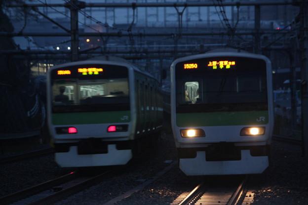 山手線 E231系500番台の並び