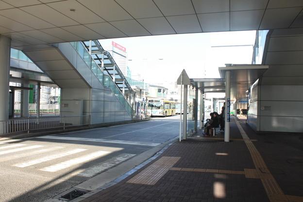 Photos: 新横浜駅北口バスターミナル 2