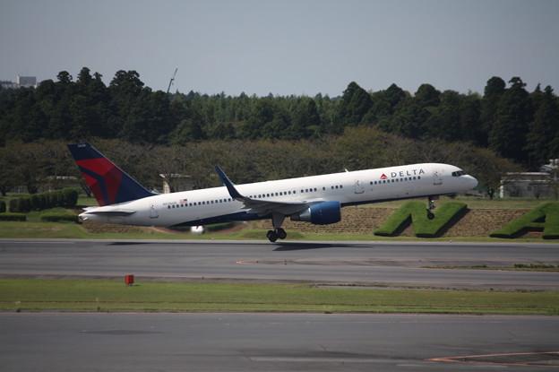 デルタ航空 ボーイング757-200 N536US (1)