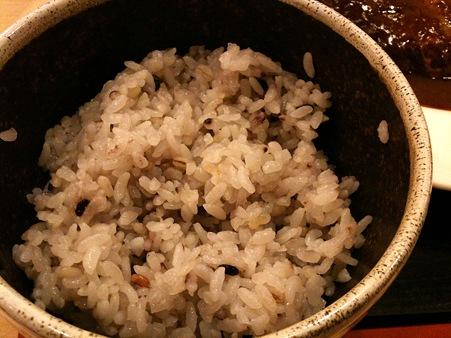 雑穀ご飯 380kcal