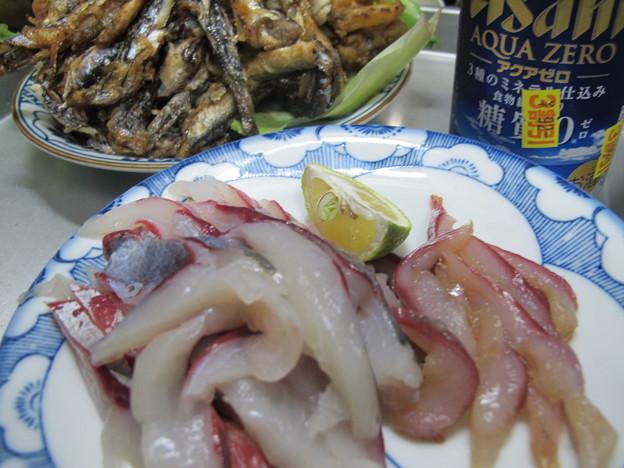 釣果晩酌──刺身、素揚げと、3割引発泡酒(笑)(2015_12_23)
