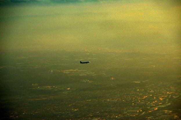 写真00847 北から来た飛行機、rw23へ