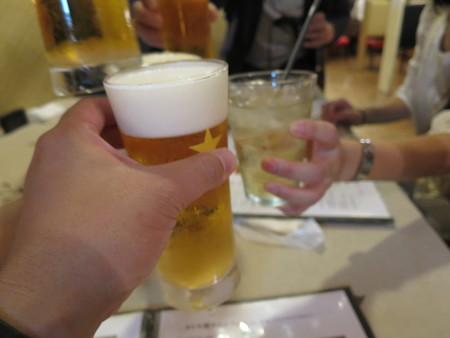 とんかつ梅林 生ビール(サッポロ)¥600 など