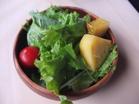 Mum Aroi(ムン アロイ) ビコールエクスプレス(セット) サラダ