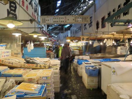 築地市場 鮮魚 仲卸店舗の様子