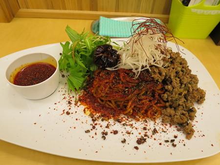 いなば製麺 汁なし大人の旨辛濃厚坦々麺 麻6辣6(裏メニュー)¥880