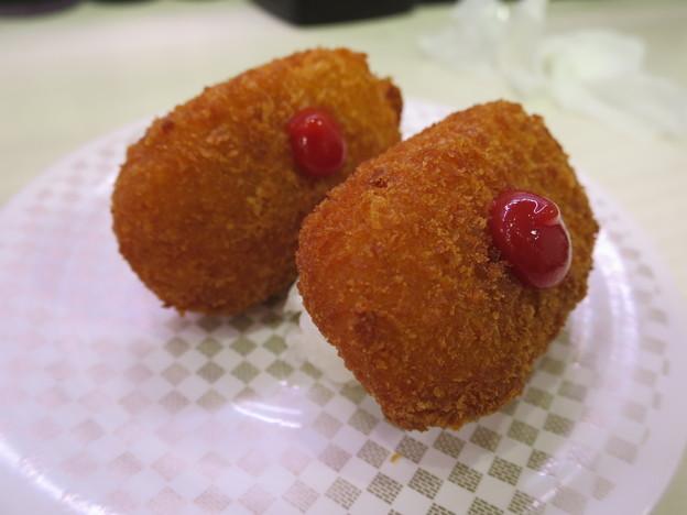 Photos: 魚べい 上越高田店 かにクリームコロッケ¥108