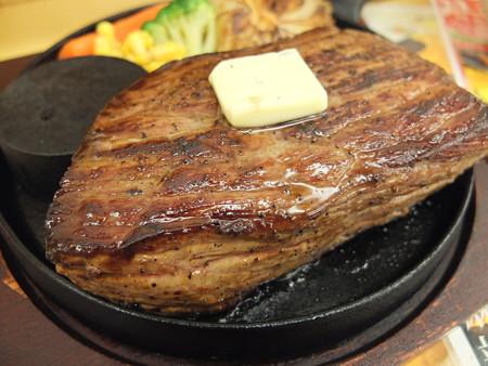 いなば製麺 特大ステーキ(火加減 弱) アップ