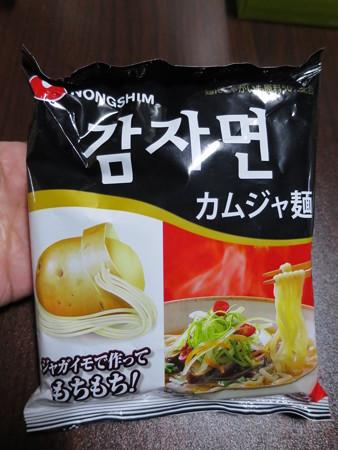農心 カムジャ麺 パッケージ