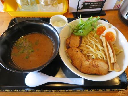 らぅめん縁 濃厚つけ麺(中盛り、叉焼(チャーシュー)2枚トッピング)¥900