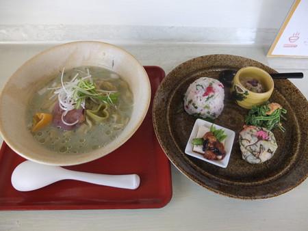はな禅 2016/04/15Veganランチセット 花膳(限定15食)¥1000