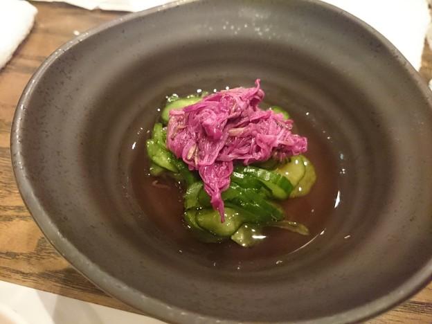 写真: 菊の花ときゅうりの酢の物