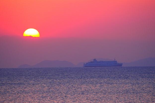 陸奥湾の朝焼け