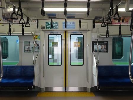 E23310-扉