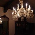 Photos: シャンデリアは夜に輝く