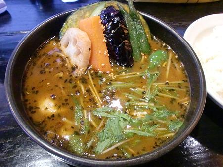 SPARK南郷店 14品目の野菜スープカレー