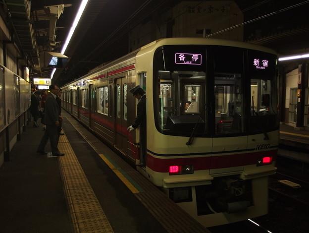 京王線代田橋駅2番線 京王8705各停新宿行き停止位置よし