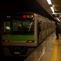 都営新宿線森下駅2番線 都営10-320F急行本八幡行き停止位置よし