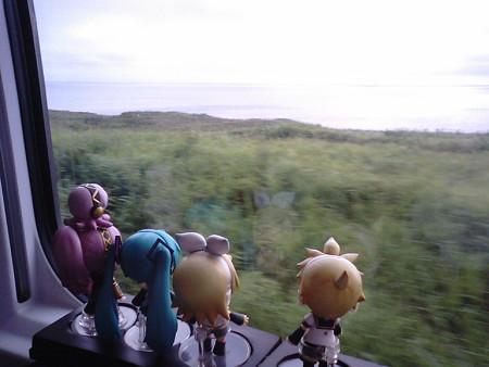 陸奥横浜→野辺地間、吹越付近。 リン:「また来月には北海道行くか...