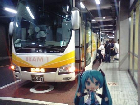 ■ (車中泊)  → 浜松町 6:25      バス「BEAM-1」(岩手県北自動...