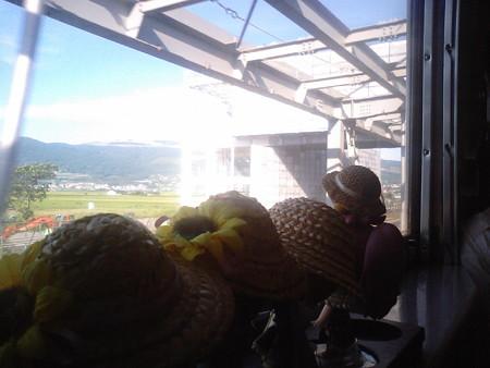 渡島大野駅に停車、20分遅れ。 北海道新幹線の新函館開通時、「新函...