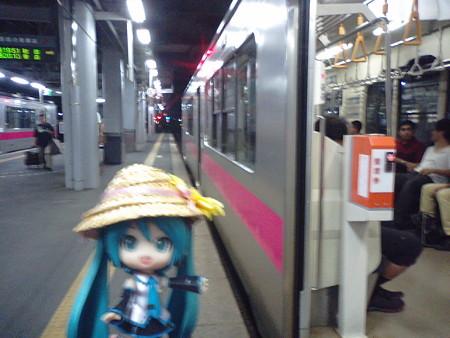 弘前駅に到着、またまた急いで、本日のラストラン、秋田行きに乗り換...