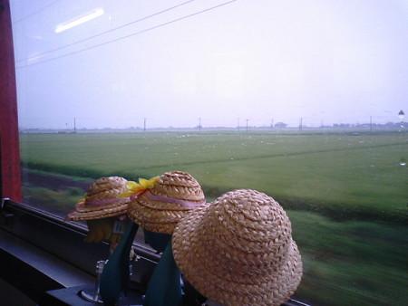 東酒田→砂越間。 リン:「山形米はえぬきのふるさとー♪」 レン:「...