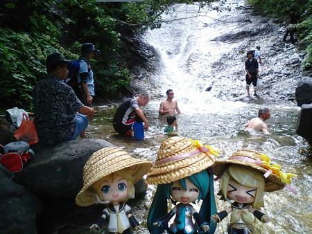 カムイワッカ湯の滝、一の滝にパタつきながら到着www