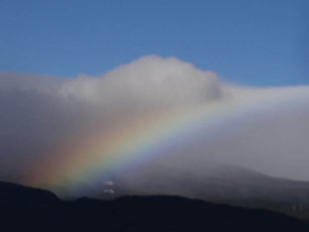 虹の向こうに・・・