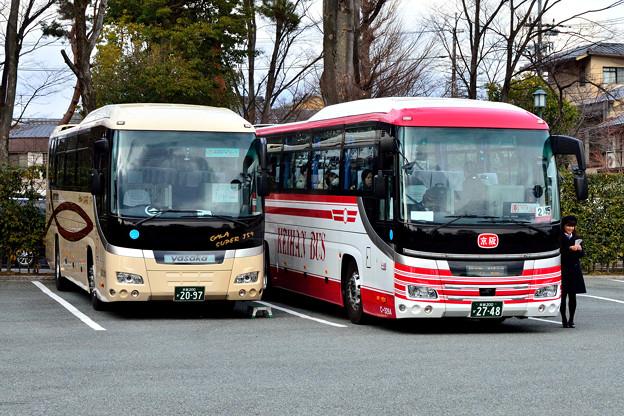 2016_0206_144117_貸切バスと乗合バス