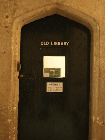 秘密の図書館