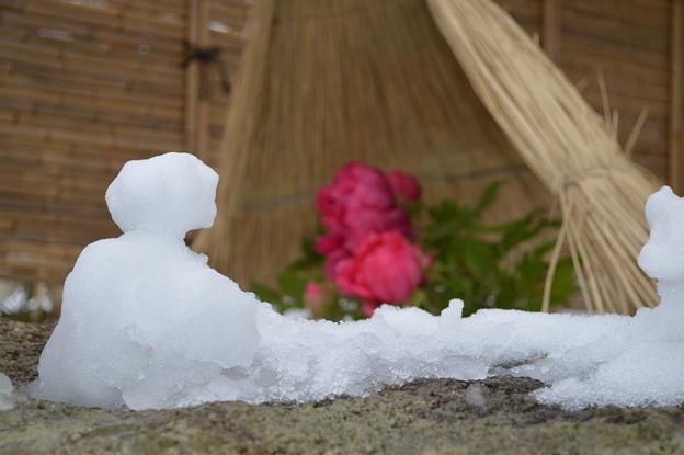 誰かが作ったミニ雪だるま