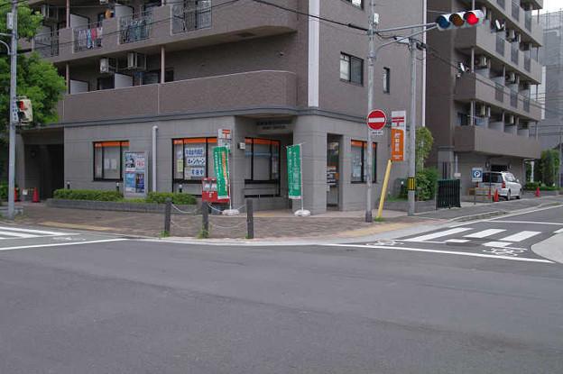 s1053_尼崎長洲本通郵便局_兵庫県尼崎市
