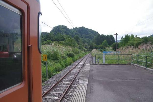 s4094_大前駅ホームと線路終端側