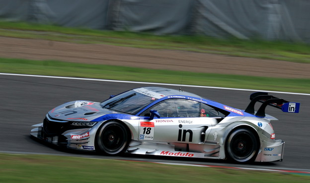 [18号車]ウイダー モデューロ NSX CONCEPT-GT S字コーナー1個目