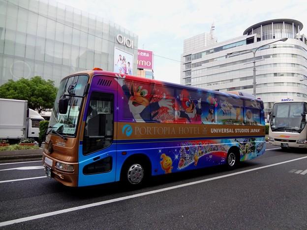 USJラッピングバス