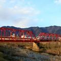Photos: 千曲川を渡る別所線列車