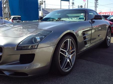 メルセデス SLS AMG