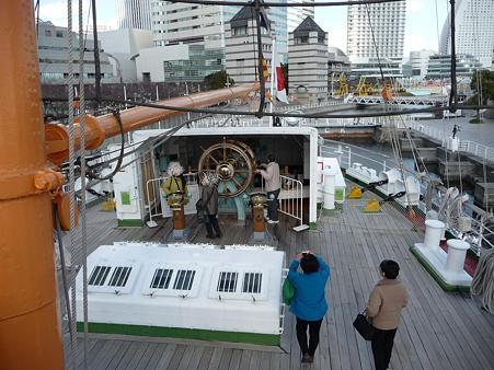 100127-日本丸乗船 (4)