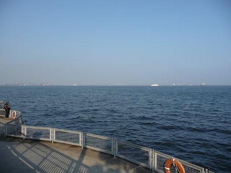 100224-本牧海釣り桟橋 (7)